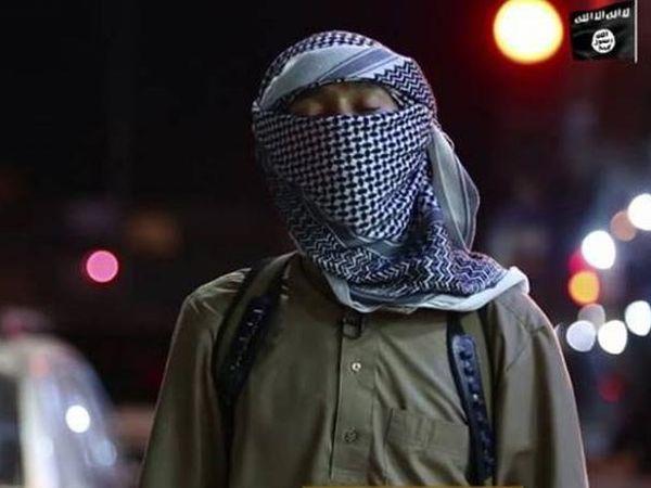 बांगलादेशात पुन्हा हल्ला करण्याची धमकी देणारा व्हिडिओ समोर आला आहे. - Divya Marathi