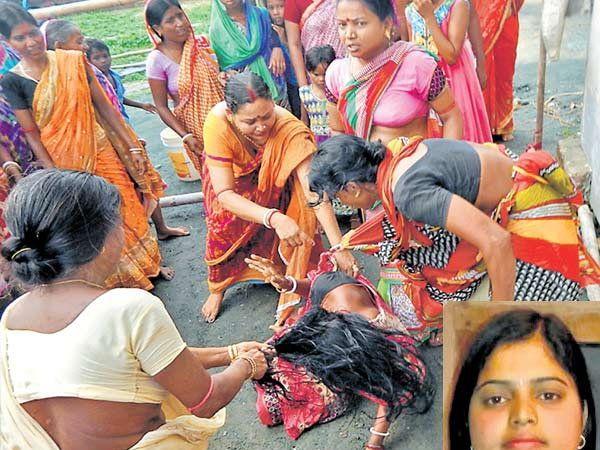 आरोपीच्या कुटुंबातील एका महिलेला मारहाण करताना  मृत पूजाच्या कुटुंबातील महिला. इनसेटमध्ये पूजाचा फाईल फोटो... - Divya Marathi
