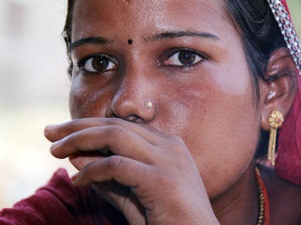 भीलवाडा येथली सेमलाट गावातील पारसीदेवी. - Divya Marathi