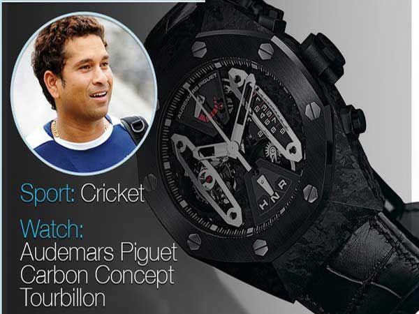 माजी क्रिकेटर सचिन तेंडुलकरकडे 10-12 महागडी घड्याळे असून त्याची किंमत अंदाजे 1 कोटी 30 लाखांच्या घरात आहे. - Divya Marathi