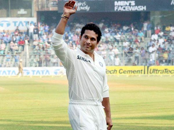 सचिन तेंडुलकरने नोव्हेंबर 2013 मध्ये आपल्या 200 व्या कसोटीनंतर निवृत्ती घेतली होती. - Divya Marathi