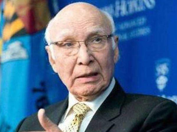 पाकिस्तानचे परराष्ट्र सल्लागार सरताज अजीज - Divya Marathi
