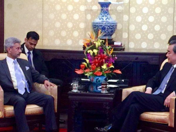 भारत-चीन स्ट्रॅटिजिक डायलॉगसाठी एस. जयशंकर चीन दौऱ्यावर आहेत. - Divya Marathi