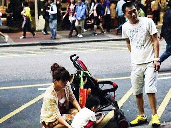 पब्लिक प्लेसेसवर घाण करण्याबाबत जगात चीनचे लोक खूपच बदनाम आहेत. - Divya Marathi