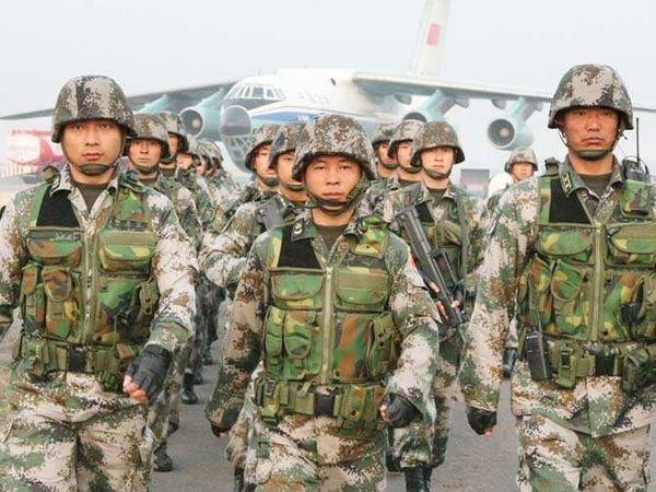 फिंगर 4 आणि फिंगर 5 या ठिकाणी चिनी सैन्याने 2 वेळा घुसखोरी करण्याचा प्रयत्न केला. - Divya Marathi