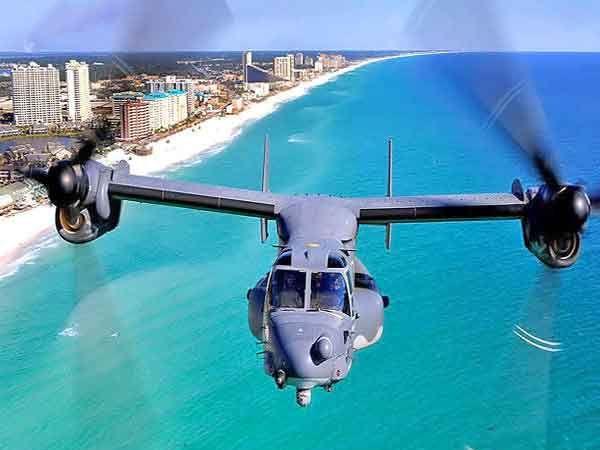 जगातील सर्वात खतरनाक व अमेरिकानिर्मित 'व्ही-22 ऑस्प्रे' हेलिकॉप्टर' - Divya Marathi