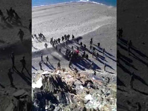 VIDEO: लडाखमध्ये रत-चीन सैनिकांच्या धक्काबुक्कीची ही घटना 15 ऑगस्टची आहे. - Divya Marathi