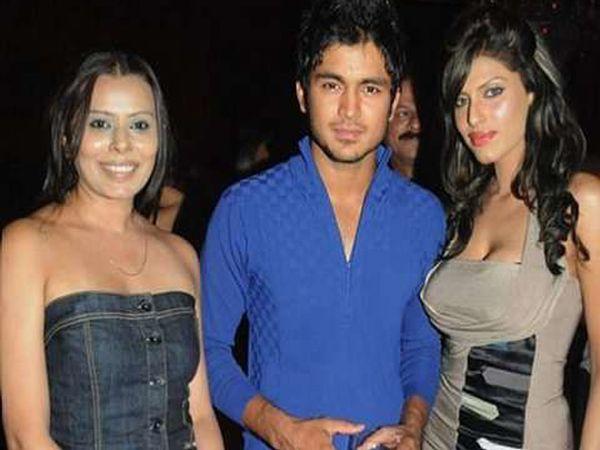 2012 IPL च्या वेळी एका पार्टीत... - Divya Marathi