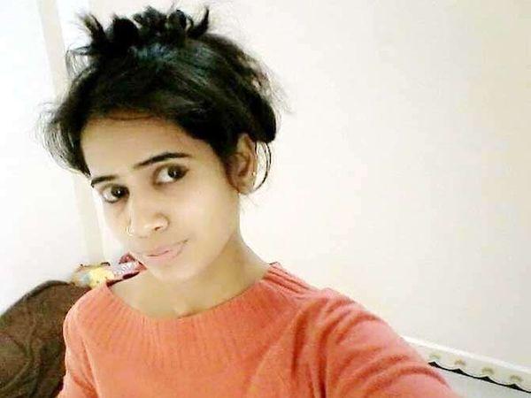 प्रितिकाने चित्रपट पाहिल्यानंतर आत्महत्या केली. - Divya Marathi