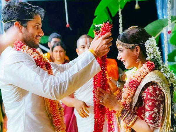 लग्नाच्या विधी दरम्यान नागा चैतन्य आणि समांथा रूथ. - Divya Marathi