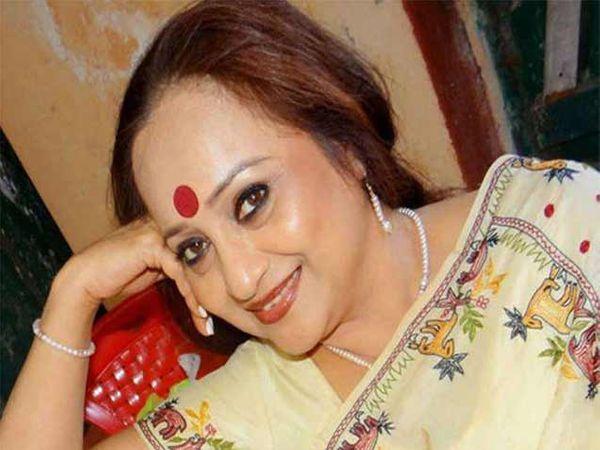 बंगाली फिल्म अॅक्ट्रेस रीता कोईराला यांचे कँसरमुळे निधन. - Divya Marathi