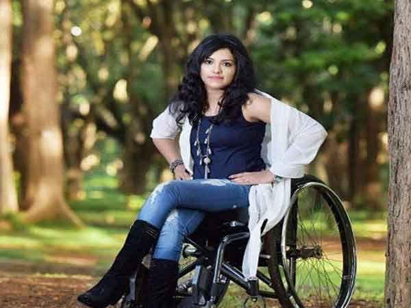 मिस पॉप्पुलरचा किताब जिंकला आहे राजलक्ष्मीने.... - Divya Marathi