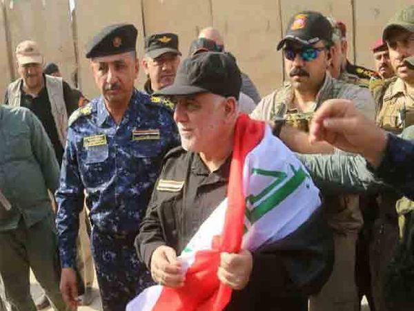 इराकचे पंतप्रधान हैदर अल-अबादी यांनी ISIS चा खात्मा केल्याची घोषणा केली. - Divya Marathi