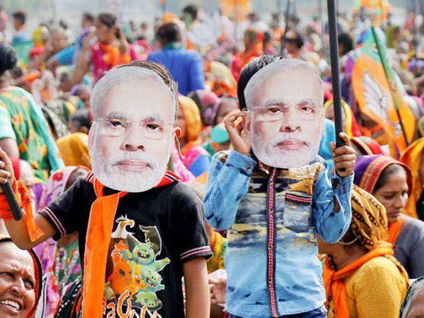 पाकचे परराष्ट्र मंत्रालयाचे प्रवक्ते मोहम्मद फैजल म्हणाले, भारताने कट कारस्थानांचा आरोप लावण्याऐवजी स्वतःच्या ताकदीवर निवणूक जिंकावी. - Divya Marathi