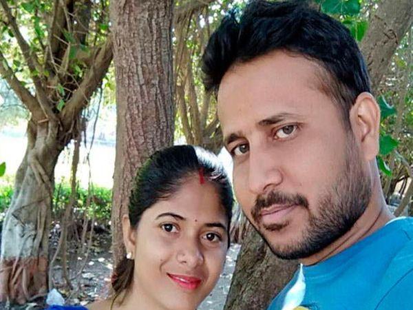 एकवर्षापूर्वी मुनेश आणि लोकेशकुमार यांचे लग्न झाले होते. - Divya Marathi