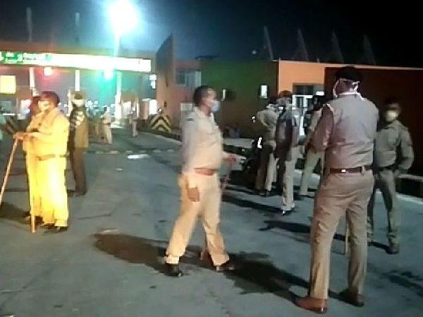 मुझफ्फरनगर येथे रात्री 11:45 वाजता हा अपघात झाला. पोलिसांनी सांगितले की, 10 मजूर पंजाबहून बिहारकडे जात होते. - Divya Marathi