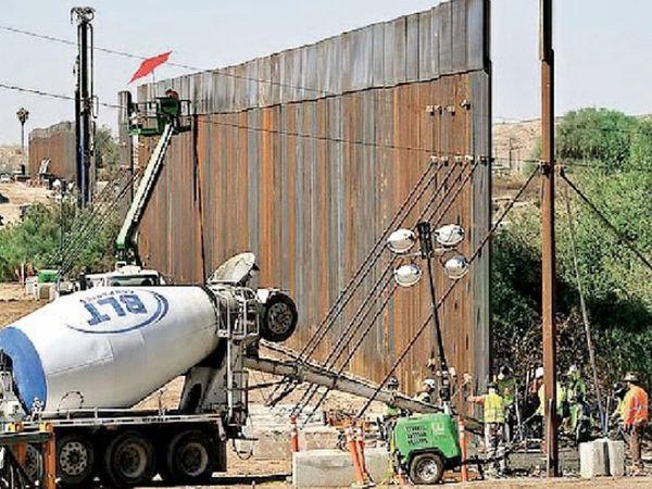 ट्रम्प यांची भिंत पाडणार : डोनाल्ड ट्रम्प यांनी घुसखाेरी रोखण्याच्या उद्देशाने मेक्सिकोच्या सीमेवरील बांधलेली भिंत आता जो बायडेन पाडतील, असे त्यांच्या टीमने स्पष्ट केले आहे. - Divya Marathi
