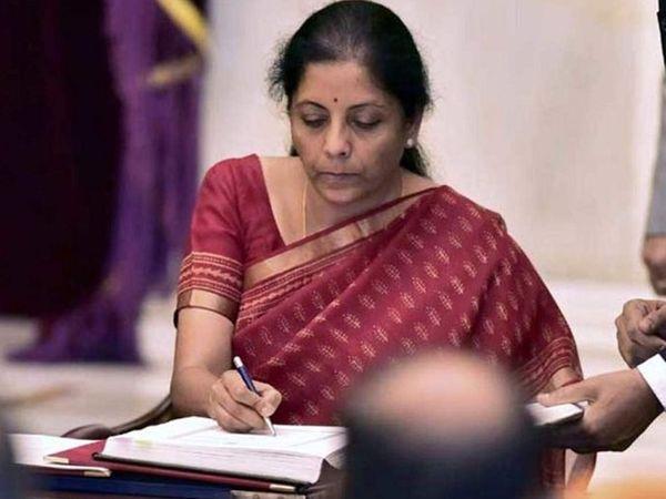यावेळी अर्थसंकल्प अभूतपूर्व होईल, असे अर्थमंत्री निर्मला सीतारमण यांनी म्हटले आहे. -फाइल फोटो - Divya Marathi