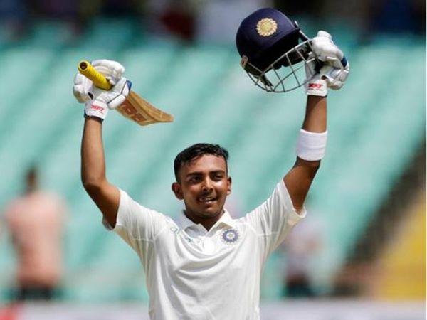 પૃથ્વી શોએ ડેબ્યૂ ટેસ્ટમાં સેન્ચૂરી મારી ક્રિકેટ ઈતિહાસમાં પોતાનું નામ નોંધાવ્યું. - Divya Bhaskar