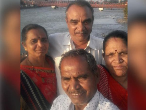 રાજકોટના યાત્રિકોની જિંદગીની અંતિમ સેલ્ફી - Divya Bhaskar