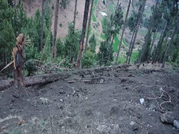 એલઓસી પર જૈશના ઠેકાણા પર 1,000 કિલોના બોમ્બ ફેંકવામાં આવ્યા છે.