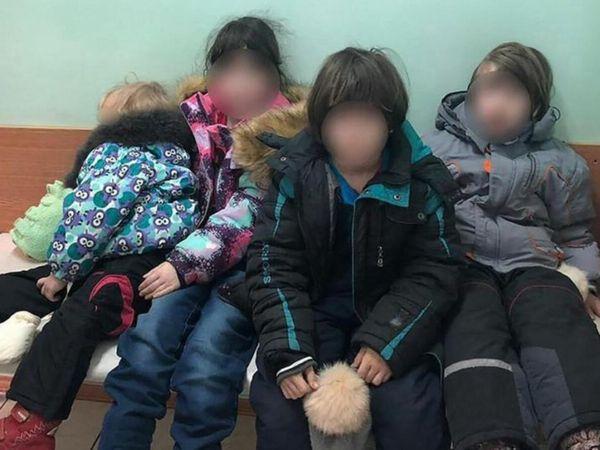 રશિયન ઓથોરિટીએ બચાવેલા ચાર બાળકો - Divya Bhaskar