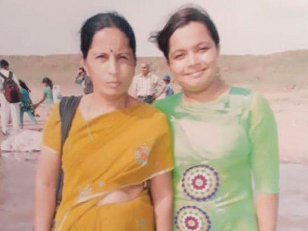 માતા-પુત્રીની ફાઇલ તસવીર - Divya Bhaskar