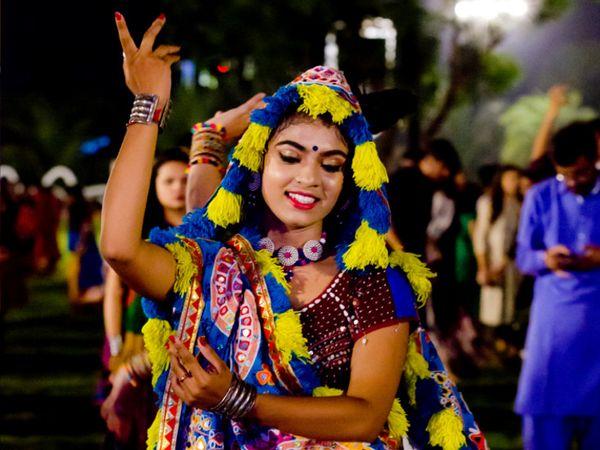 અમદાવાદ - Divya Bhaskar