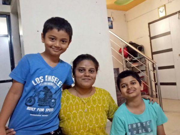 સ્વીટીબેન કડીયા અને બે બાળકો, આજવા રોડ, વડોદરા - Divya Bhaskar