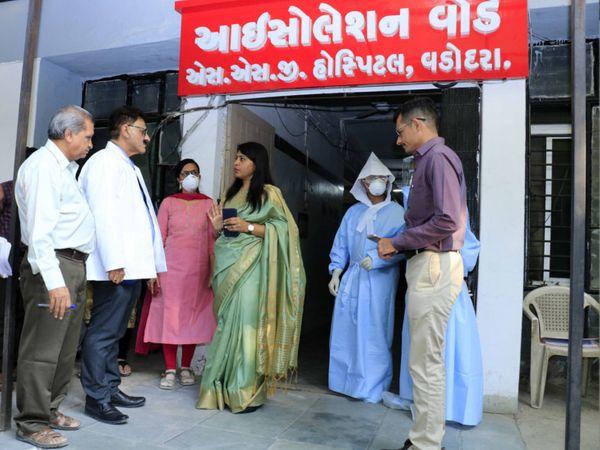 આઇસોલેશન વોર્ડ, એસએસજી હોસ્પિટલ, વડોદરા - ફાઇલ તસવીર - Divya Bhaskar