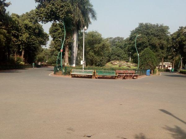 વડોદરા શહેરનો સયાજીબાગ - Divya Bhaskar