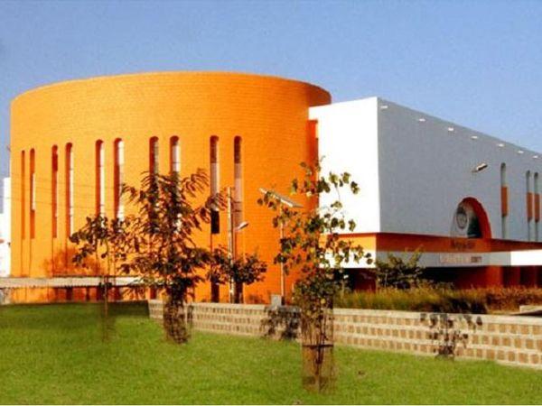 સૌરાષ્ટ્ર યુનિવર્સિટીની ફાઇલ તસવીર - Divya Bhaskar