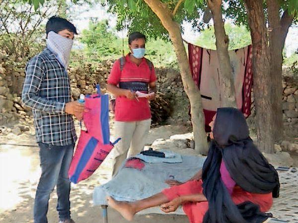પોરબંદરની આરોગ્ય વિભાગની ટીમે ઘેર -ઘેર જઇ સર્વે શરૂ કર્યો. - Divya Bhaskar