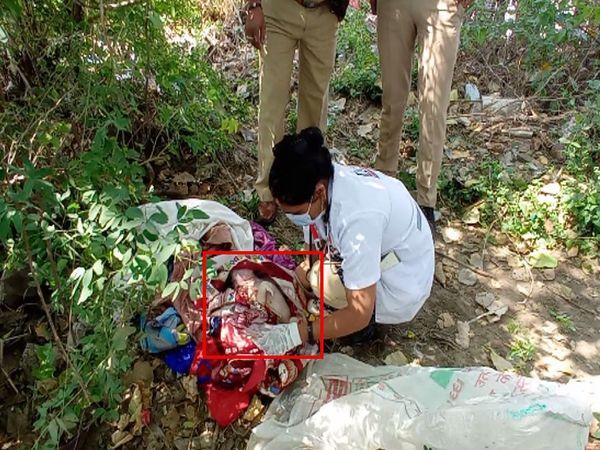 108ની ટીમે સ્થળ પર તપાસ કરી બાળકનો કબજો લીધો - Divya Bhaskar