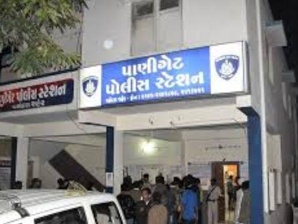 પાણીગેટ પોલીસે અકસ્માતની ફરિયાદ નોંધી વધુ તપાસ હાથ ધરી છે.(ફાઈલ તસવીર) - Divya Bhaskar