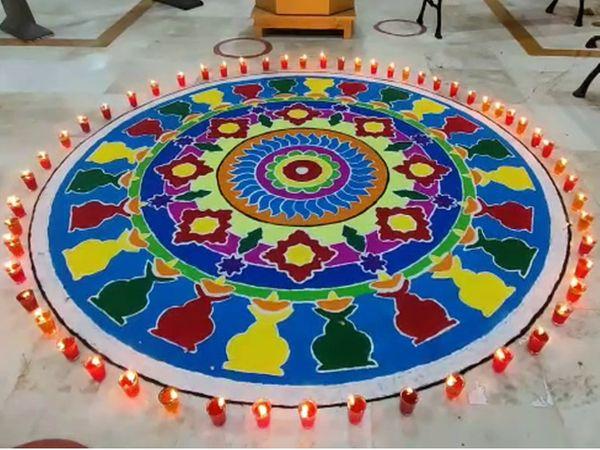 સોમનાથ મહાદેવ મંદિરના પરિસરમાં રંગોળી બનાવવામાં આવી