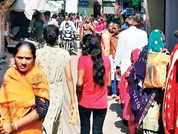 કોરોના કાળ વચ્ચે દિવાળીના છેલ્લા એક સપ્તાહમાં આખા વર્ષનું સાટું વળ્યું - Divya Bhaskar