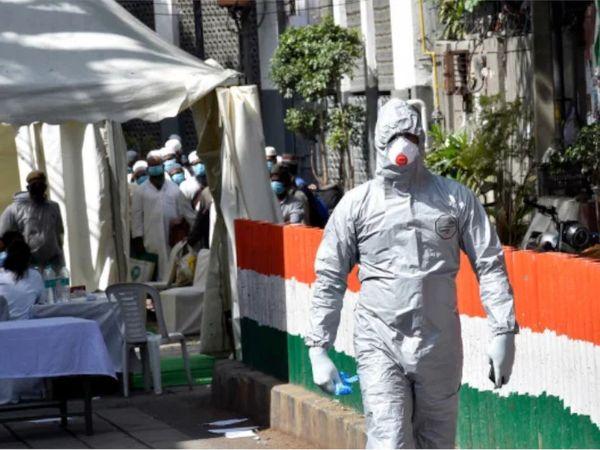 કોરોના સંક્રમણને અટકાવવા માટે ટેસ્ટ વધારી દેવામાં આવ્યાં છે. (ફાઈલ તસવીર) - Divya Bhaskar