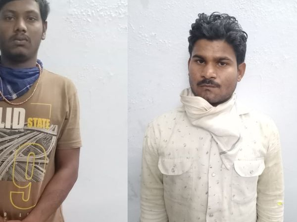 પકડાયેલા બંને આરોપીઓ - Divya Bhaskar
