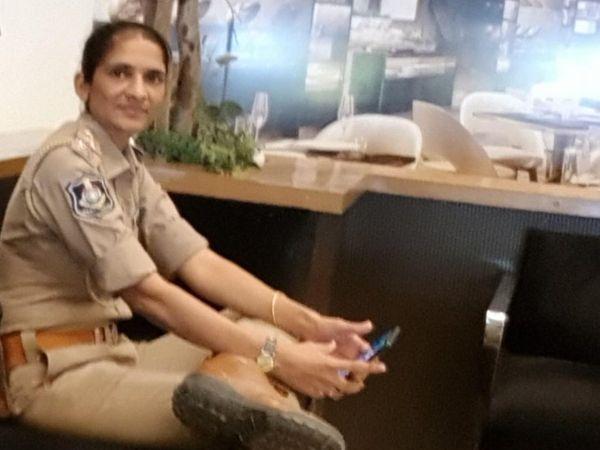 પતિ સહિતનો પરિવાર વતનમાં ગયા બાદ મહિલા પીએસઆઈએ ડ્યુટી પરથી આવીને આપઘાત કર્યો હતો.(ફાઈલ તસવીર) - Divya Bhaskar