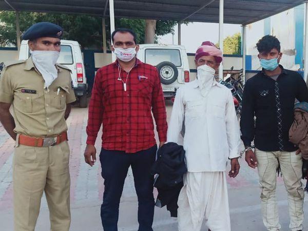 યુવકને આપઘાત કરવા મજબુર કરનારા બે શખ્સોની અટકાયત કરી હતી. - Divya Bhaskar