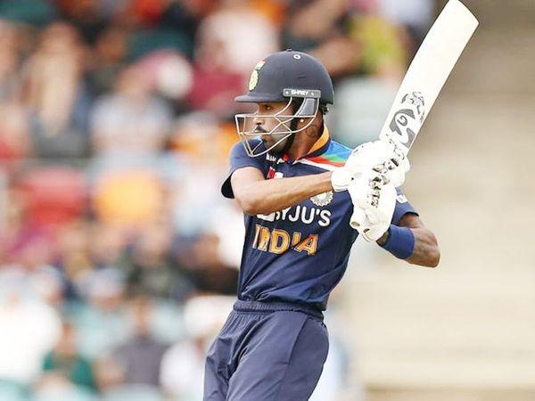 ઓસ્ટ્રેલિયા સામેની બીજી T-20માં ભારતને અંતિમ ઓવરમાં 14 રનની જરૂર હતી, ત્યારે હાર્દિકે 2 બોલ બાકી રાખીને 2 મેચ જિતાડી. - Divya Bhaskar