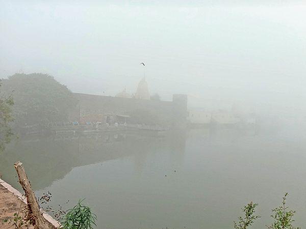 નારાયણ સરોવર