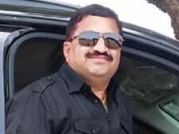 નરેન્દ્ર રાણા, મેનેજર, વિનાયક લોજિસ્ટીક - Divya Bhaskar