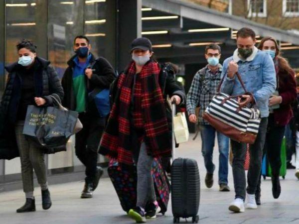 બ્રિટનમાં કોરોના વાયરસના નવા સ્ટ્રેનના કારણે અત્યાર સુધીમાં 40 દેશોએ અહીંથી આવનારી ફ્લાઇટ્સ પર પ્રતિબંધ મૂક્યો છે.