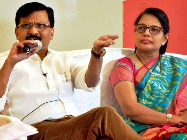 સંજય રાઉત અને તેમની પત્ની વર્ષા રાઉતની ફાઈલ તસવીર. - Divya Bhaskar
