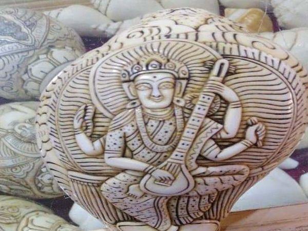 કલાકૃતિની અદકેરી કદર - Divya Bhaskar