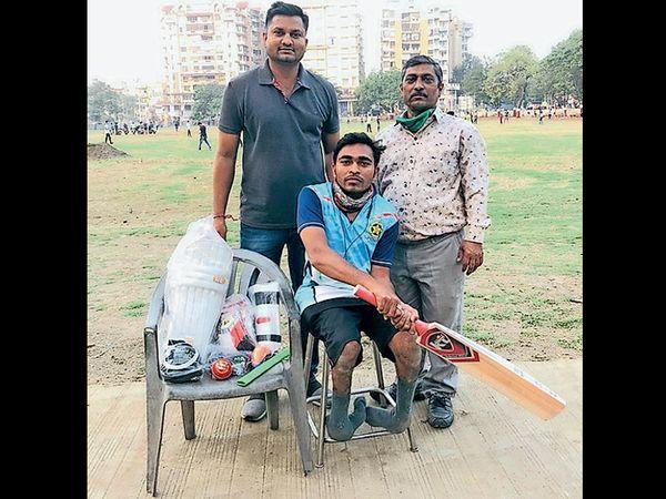 ખેરગામના દિગેશની રાષ્ટ્રીય વ્હીલચેર ક્રિકેટ ટીમમાં પસંદગી કરાઈ. - Divya Bhaskar