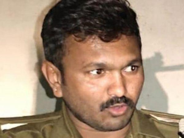 પોલીસ કોન્સ્ટેબલ રમેશ ગલસર. - Divya Bhaskar