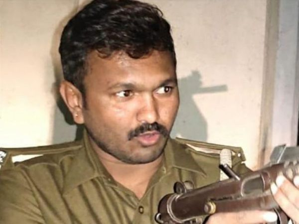 આરોપી પોલીસ કોન્સ્ટેબલ રમેશ ગલસર - Divya Bhaskar